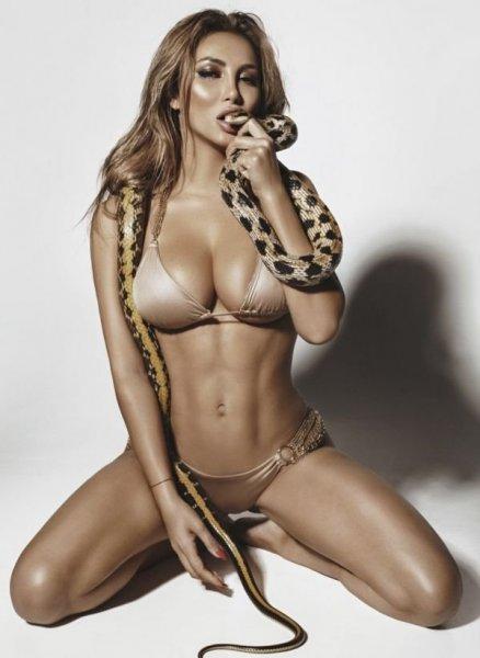 Ситора Бану снялась в сексуальной фотосессии для FHM
