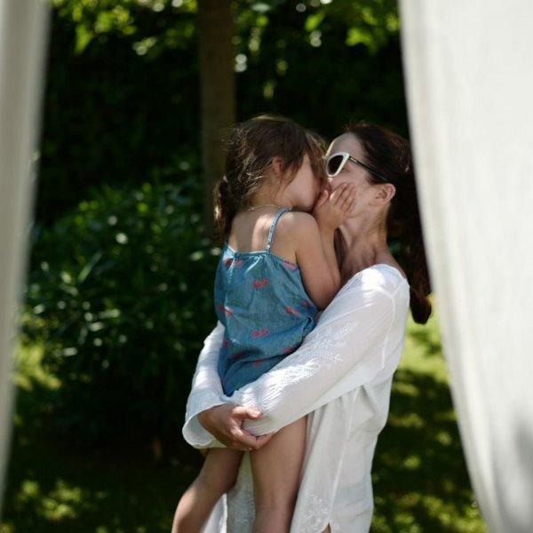 Марина Александрова опубликовала семейную фотосессию с сыном и дочкой