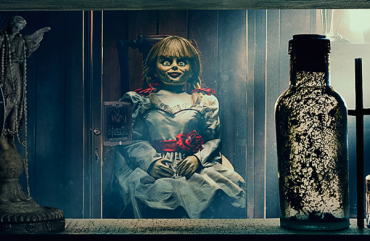 """Horror summer evening: the film """"the Curse of Annabelle - 3"""" - the leader of hire"""