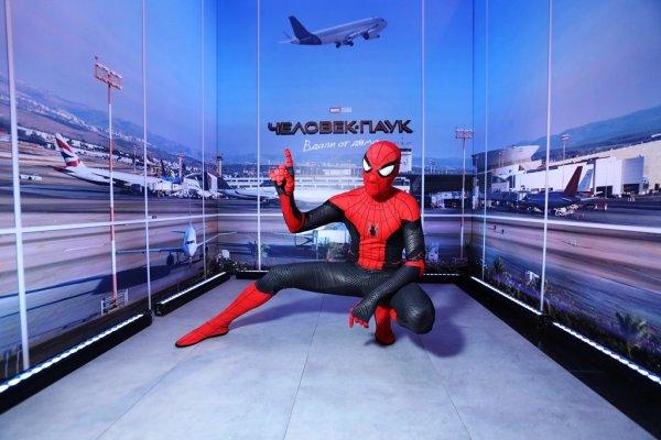 Ингеборга Дапкунайте и другие звезды на премьере нового «Человека-паука»