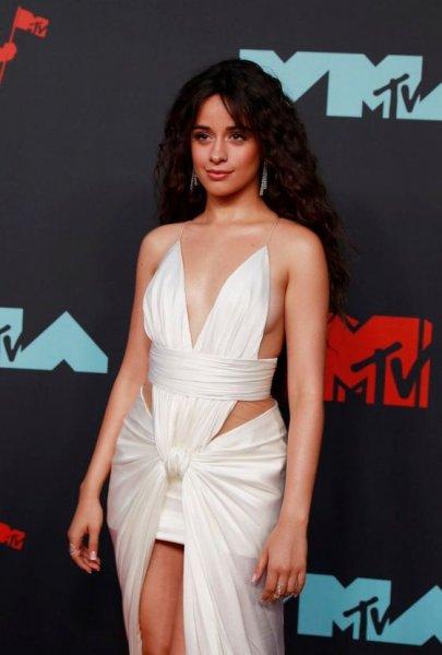 Камила Кабельо показала свои сборы «невесты» на премию «MTV Music Video Awards 2019» и рассказала о творчестве