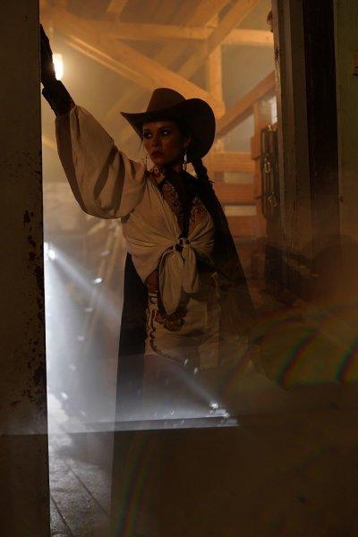 Певица KAYA презентовала дерзкий клип на песню «Локо Локо»