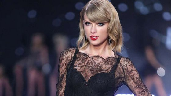 Тейлор Свифт победила в главной номинации премии MTV