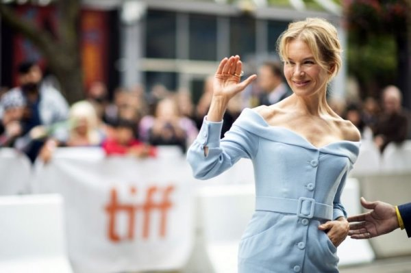 Рене Зеллвегер не смогла сдержать слёз на кинофестивале в Торонто