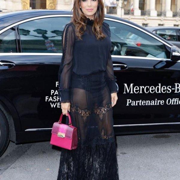Ева Лонгория поражает своими формами Париж