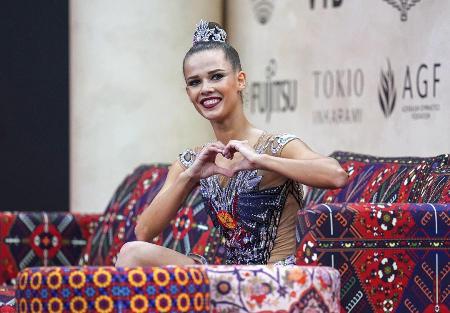 Гимнастка Екатерина Селезнева завоевала золото на чемпионате мира