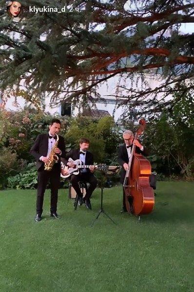 Дарья Клюкина сыграла свадьбу в роскошном особняке на озере Комо