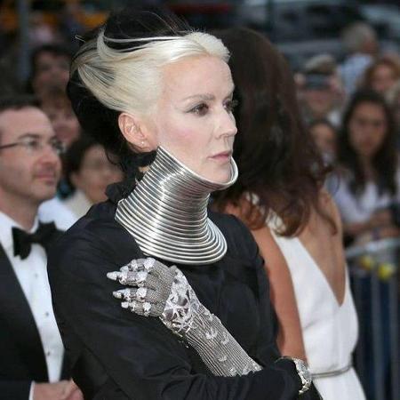 Самые провокационные наряды звезд за всю историю моды