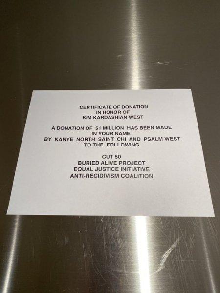 Канье Уест на 39-й день рождения Ким Кардашьян подарил подарок стоимостью 1 миллион долларов!