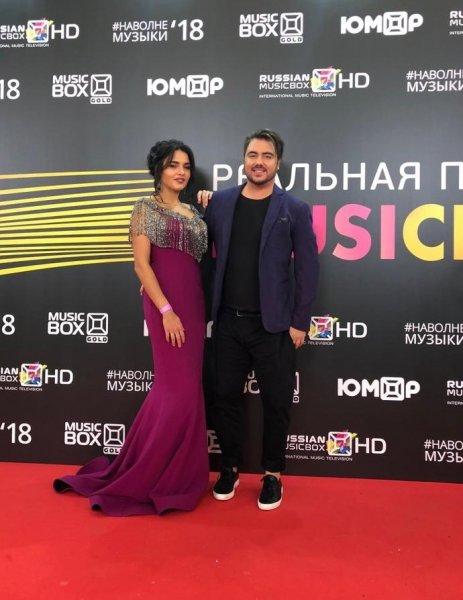 """Звезда проекта """"Голос"""" и автор песен Олег Шаумаров презентовал клип на песню «Малиновая ночь»"""