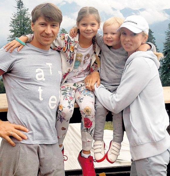 Алексей Ягудин рассказал о госпитализации супруги в онкоцентр и показал фото