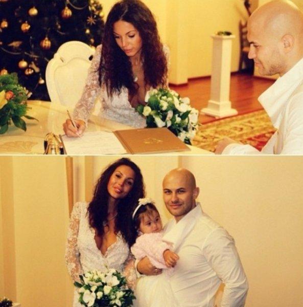 Оксана Самойлова показала беременный животик на большом сроке
