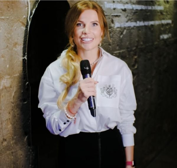 Журналист Ella Original пообщалась с гостями премьеры фильма «Троица»