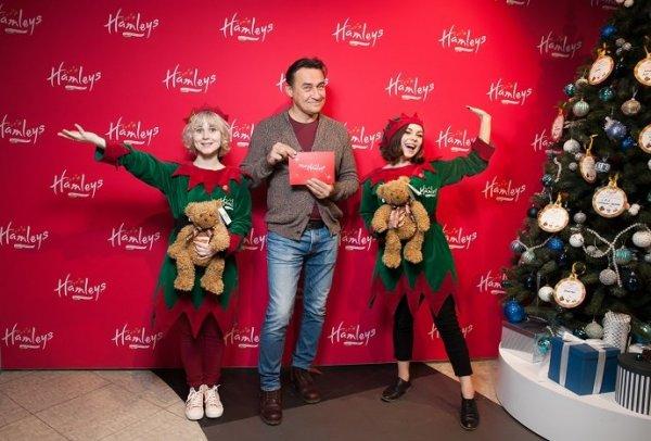 Камиль Ларин пришел на «Добрую Ёлку» за подарками для детей
