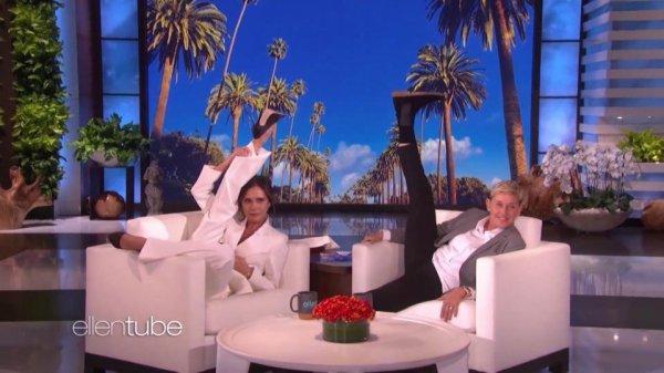 Виктория Бекхэм показала свою знаменитую растяжку в эфире телешоу