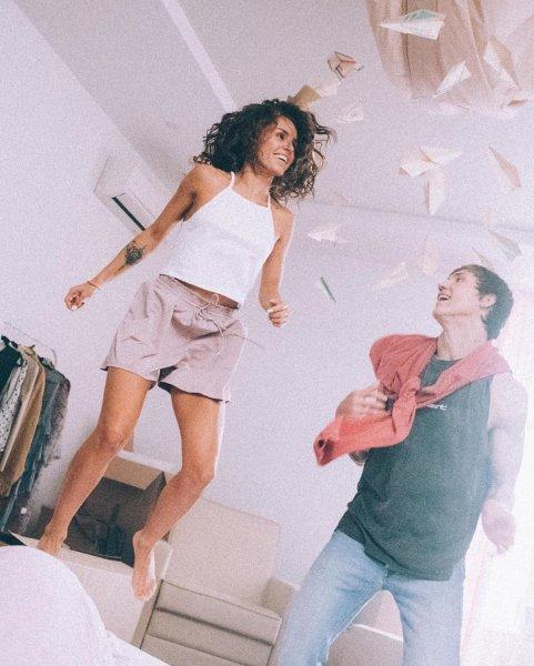 Певица Zivert презентовала новый клип на песню Beverly Hills