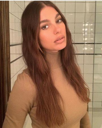 23-летнюю девушку Леонардо Ди Каприо продолжают критиковать в сети