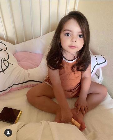 Дочь Анастасии Стоцкой вылитая копия Филиппа Киркорова