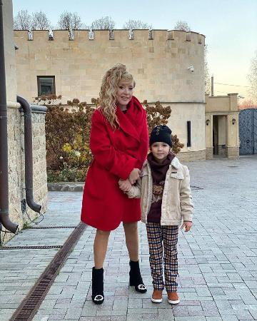 Максим Галкин дал новое интервью, в котором поделился о секретах счастливой семейной жизни