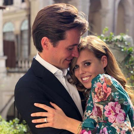 Принцесса Беатрис и Эдоардо Моцци отменили торжество в честь помолвки из-за скандала вокруг отца невесты