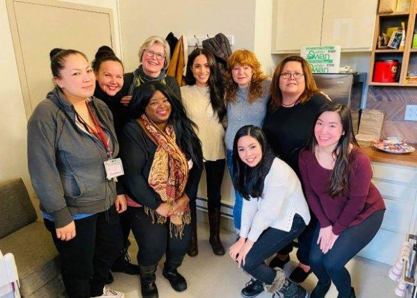 Меган Маркл посетила центр для женщин в Ванкувере