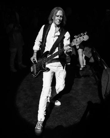 Группа Aerosmith оказалась в центре скандала: участники судятся между собой
