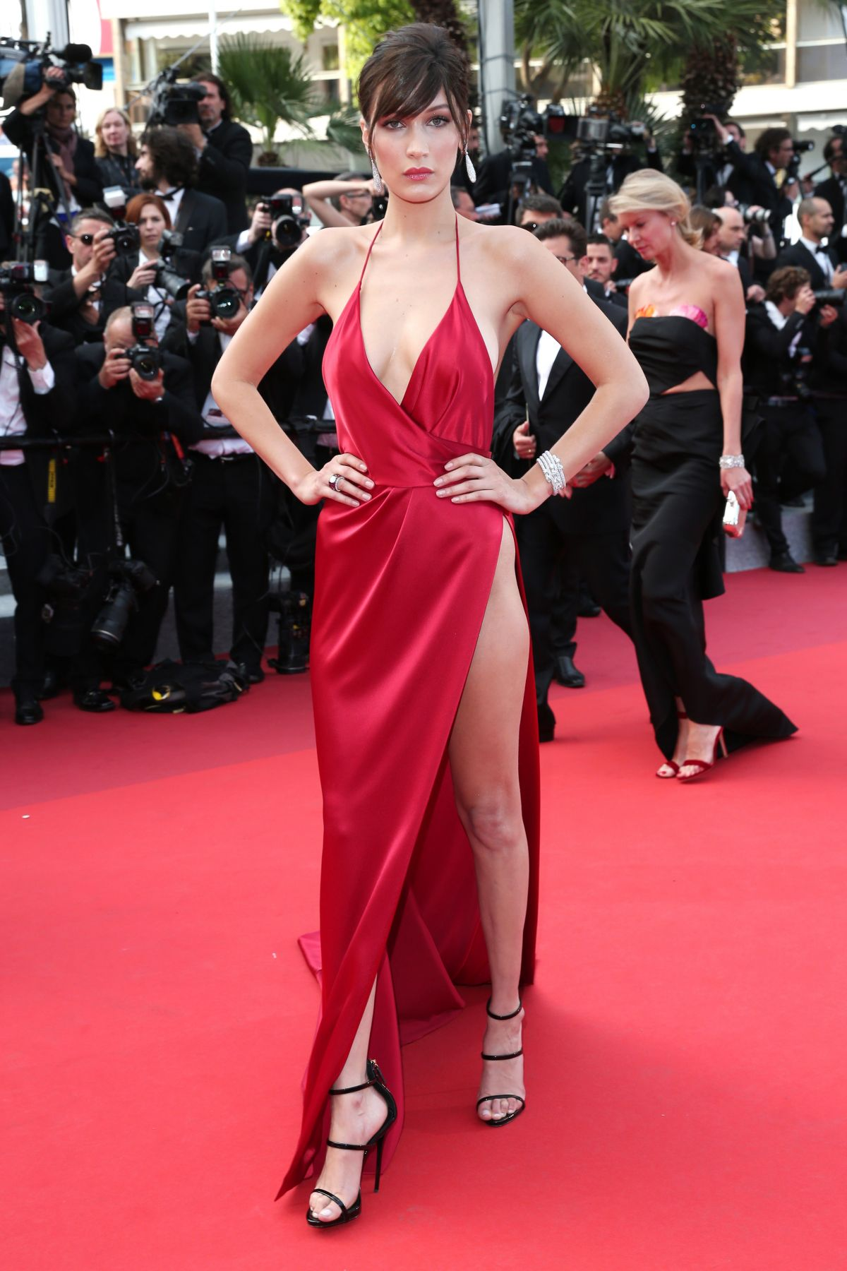 http-forum.ns4w.org-showthread.php-570203-bella-hadid-the-unknown-girl-premiere-at-69th-annual-cannes-film-festival-05-18-16-adds-s-08ce82a2f025b7305318944fd6bd9518_2