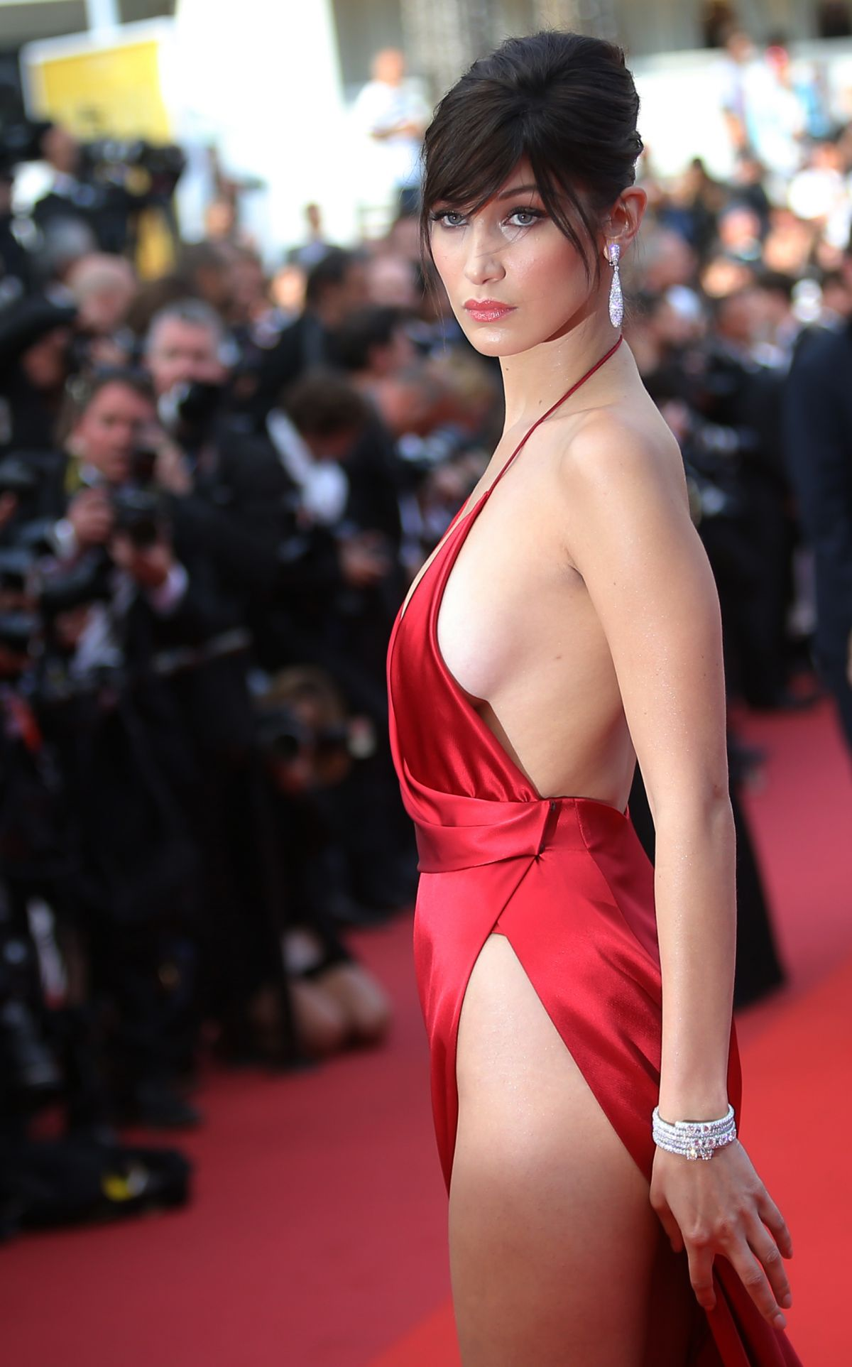 http-forum.ns4w.org-showthread.php-570203-bella-hadid-the-unknown-girl-premiere-at-69th-annual-cannes-film-festival-05-18-16-adds-s-08ce82a2f025b7305318944fd6bd9518_9