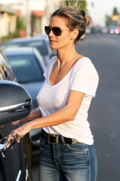 Busty Heidi Klum Walks Around Town Without A Bra