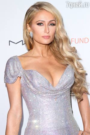 The 36 Year Old Paris Hilton Romance With 31 Year Old