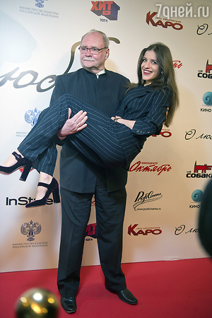 Denial: Maria Mironova admitted her relationship with Alexey Makarov over the past 18 years 30.05.2013