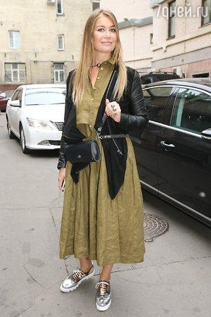 Olga Sutulova Nude Photos 88